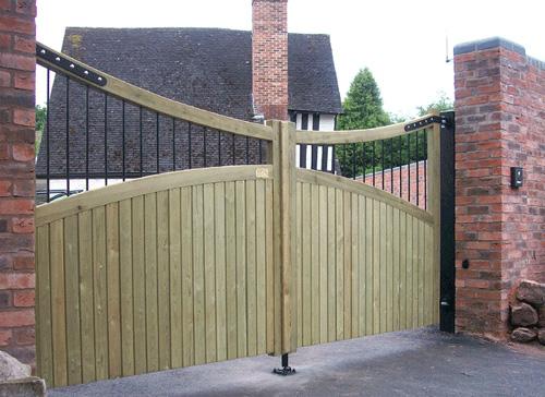 Wooden Gates Chatsworth